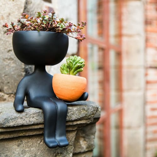 Vases & Vessels by Estudio Floga seen at Private Residence, Mexico City - Robert Planta Plant Pot - Black
