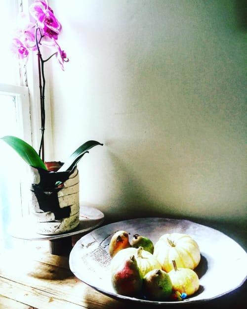 Tableware by Lisa Neimeth Ceramics seen at Private Residence, San Francisco - Serving Bowl