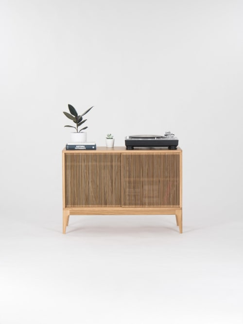 "Furniture by Mo Woodwork seen at Creator's Studio, Stalowa Wola - TONN Record Player Stand - Solid Oak Wood 53.1""x29.5""x35.5"""