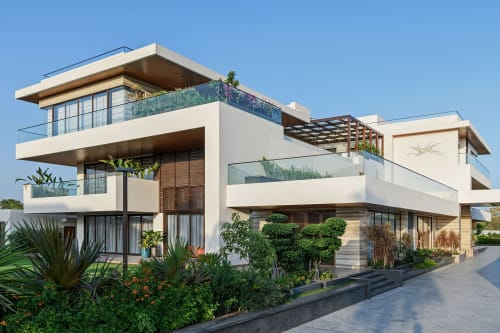 Architecture by Khushalani Associates seen at Private Residence, Indore - House with Poise - Indore