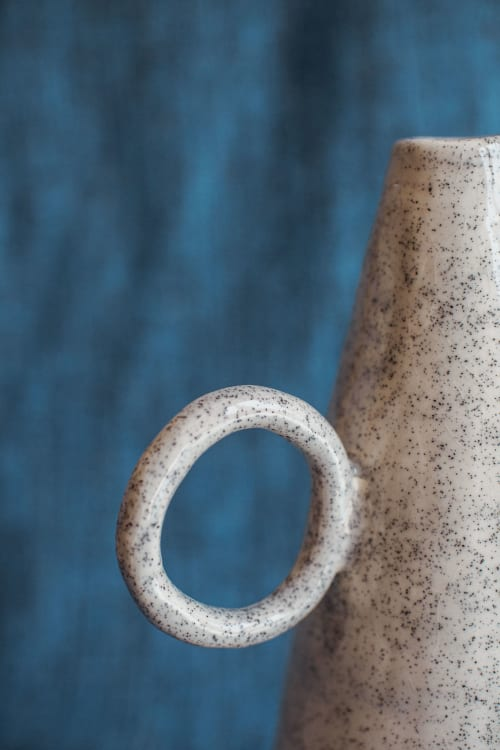 Sculptures by Mesut Ozturk seen at Private Residence - Halka Vase