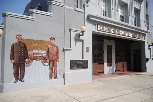 Murals by Michael Massenburg at African-American Firefighter Museum, Los Angeles - Circa 1912