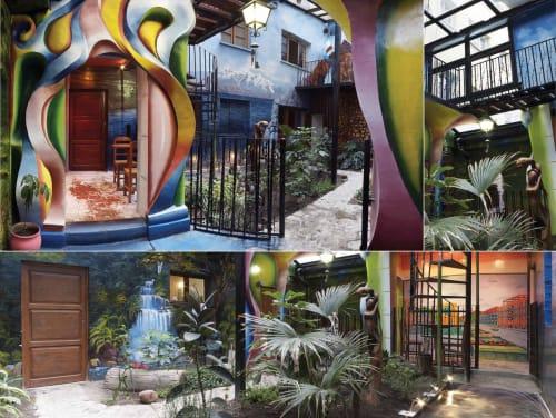 Sculptures by Gonz Jove seen at Namas Té, La Paz - Namaste Gardens
