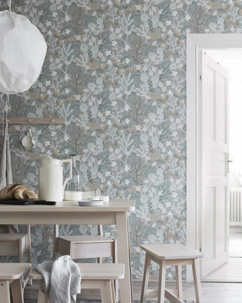 Wallpaper by Hanna Werning seen at Private Residence - Wonderland wallpaper collection