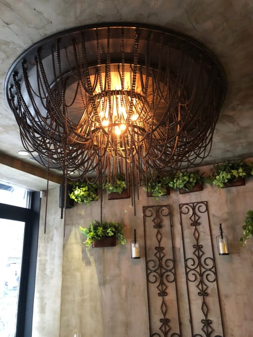 Chandeliers by Unknown Creator seen at Merakia, New York - Flower Honeycomb
