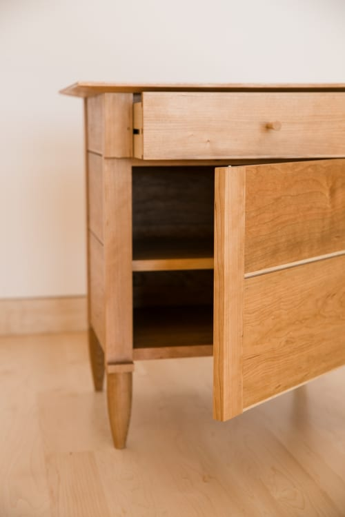 Tables by Evan Berding Custom Furniture + Woodwork seen at Private Residence, Durham - Nightstand #3