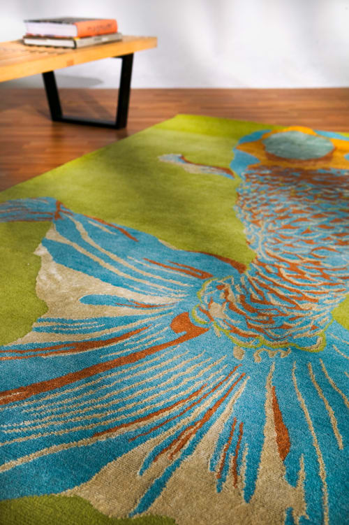 Rugs by Emma Gardner Design, LLC seen at Private Residence, Abu Dhabi, Abu Dhabi - Custom Round Whole Baby Fish (acid)