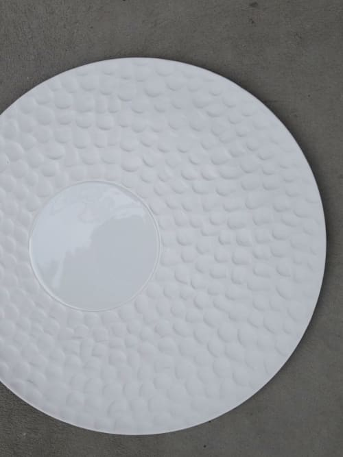 Ceramic Plates by Mieke Cuppen seen at Graphite by Peter Gast, Amsterdam - Texture plate Escamas