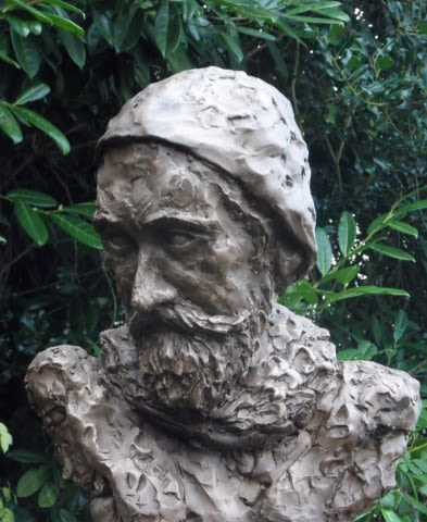 Richard Hale   Sculptures by Rodney Munday   Richard Hale School in Hertford