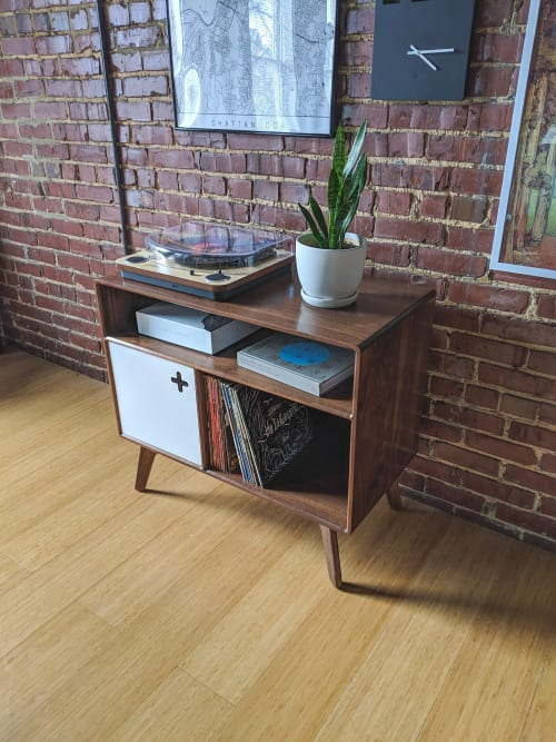 Furniture by Max Moody Design seen at Private Residence, Chattanooga - Record Player Stand with Receiver Slot | Record Player Stand with Console Cubby