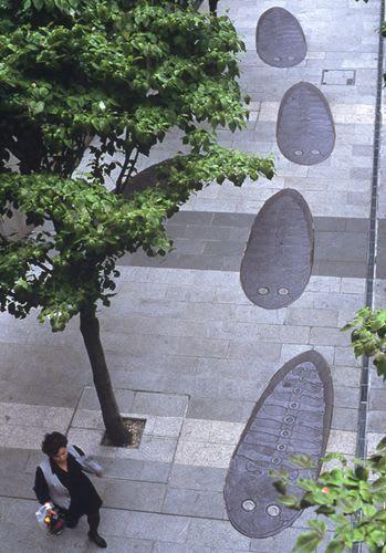 Public Sculptures by Oscar Oiwa seen at Faret Tachikawa, Tachikawa - Urban Fossil
