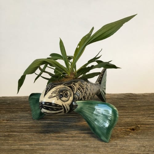 Vases & Vessels by Momoko Usami seen at Private Residence, Chicago - Black and White Sgraffito Fish Small Planter