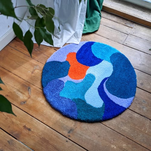 Art Curation by Zeyu Studio seen at Private Residence, Berlin - Handmade Round Rug High Pile 90x90 cm