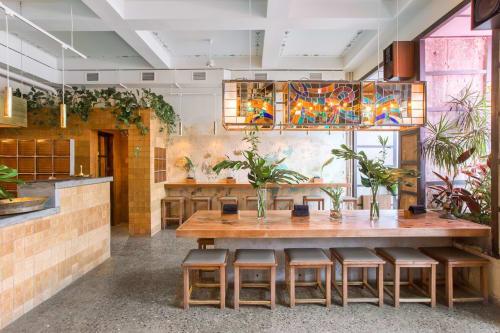 Interior Design by FD Studio seen at Bolshaya Pokrovskaya St, 15, Nizhnij Novgorod - CEYLON Gastro-Bisro