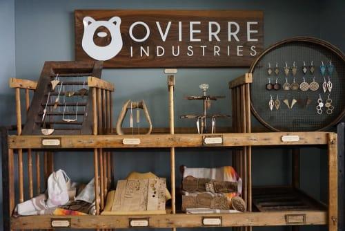 Ovierre - Signage