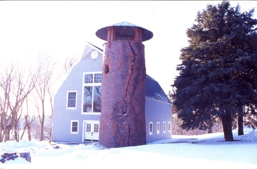 Sculptures by Michael Morgan seen at Private Residence, Omaha - Silo