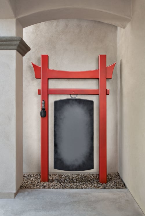 Sculptures by Kevin Caron Studios LLC seen at Private Residence, Phoenix - Inari