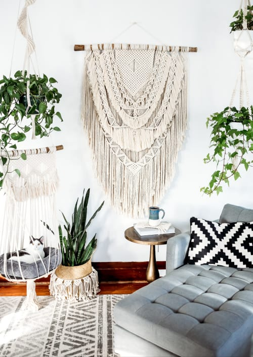 Little Knotty Farmhouse macrame - Macrame Wall Hanging and Lighting Design