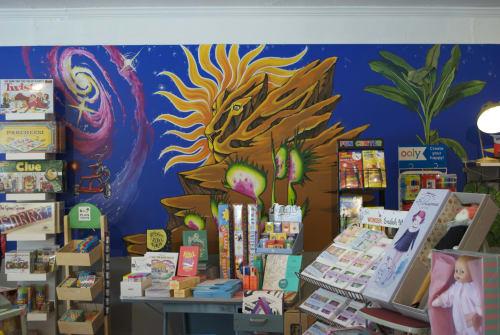 Murals by Costanzo Creative seen at Santa Cruz, Santa Cruz - Exterior Store Front Mural