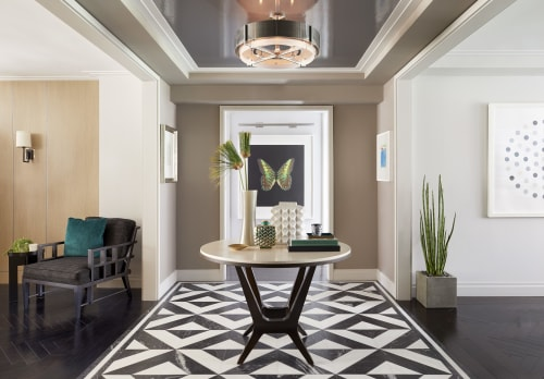 Interior Design by Darci Hether New York seen at Private Residence, New York - Bespoke Bachelor Pad Park Avenue, NYC