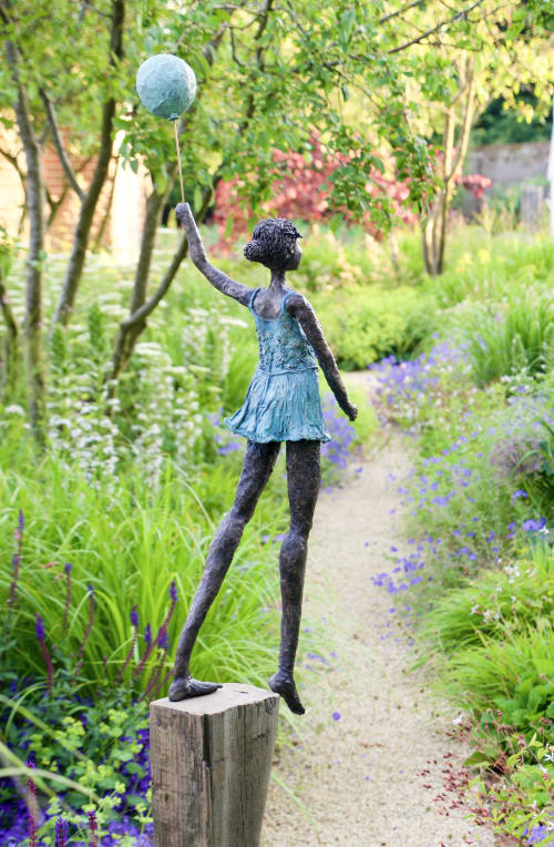 Public Sculptures by Dawn Conn Sculpture seen at Private Residence - Treading lightly