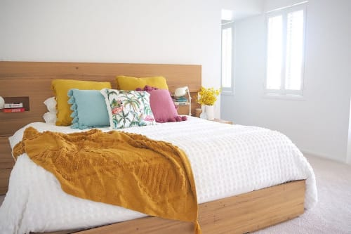 Linens & Bedding by Rayell seen at The Organised Housewife, Biggera Waters - Throw Blanket – Clementine – Orche
