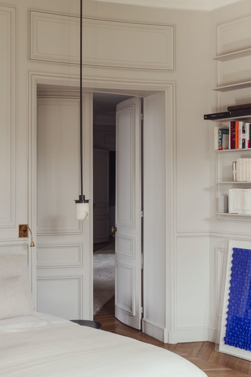Pendants by Garnier & Linker seen at Private Residence, Paris - CALLIOPE pendant