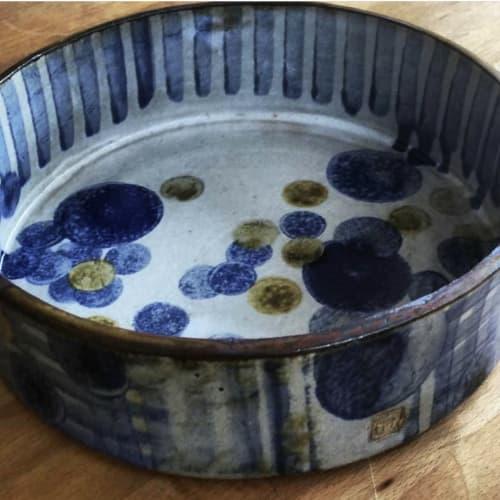 Tableware by John-Eric Johnson Ceramics seen at Private Residence, Wellington - Round stoneware serving / salad / fruit bowl