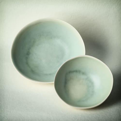 Tableware by Adarbakar seen at Barcelona, Barcelona - Green stoneware bowl