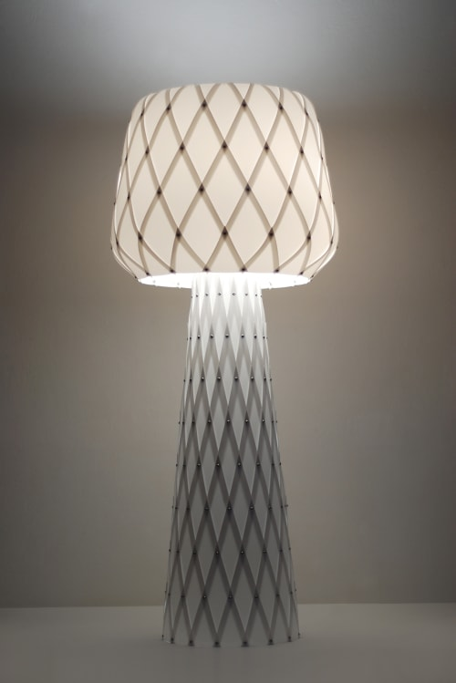 Diamond Grid Table Light 100 | Lamps by ADAMLAMP