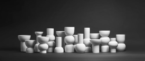 Sculptures by Alissa Coe Studio seen at Private Residence, Taipei - Vase Installation