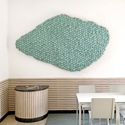 Sculptures by Studio Mieke Lucia seen at Statenlaan 8, Arnhem - Growing Textiles nr. 002 - Green