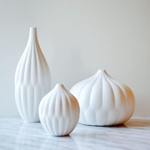 Vases & Vessels by Maia Ming Designs seen at Private Residence, Sant Cugat del Vallès - Textured Vase Collection