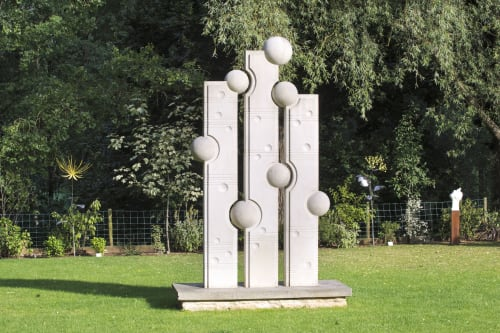 Public Sculptures by Kate Semple Sculpture seen at Private Residence, Frome - Notes