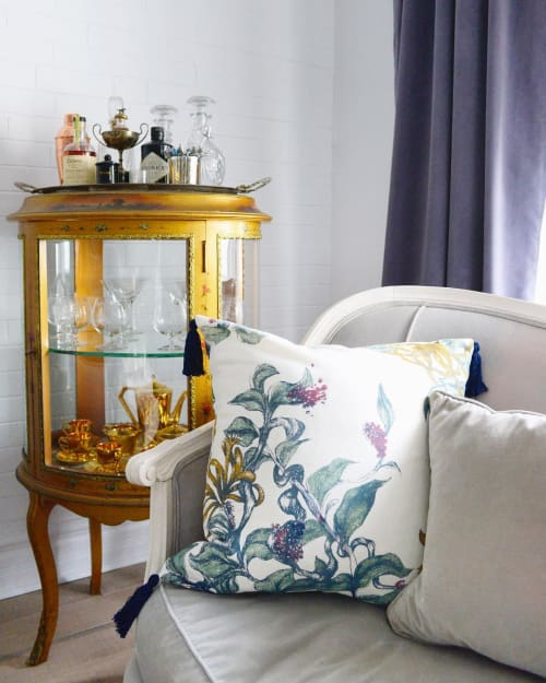 Pillows by Mezari Atelier & Boutique seen at Private Residence, Montreal - Snip Floral Pillow in Ivory