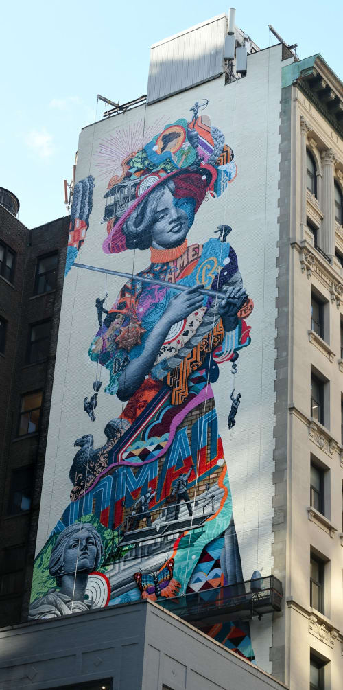 Street Murals by Tristan Eaton seen at The Gilded Lady Mural by Tristan Eaton, New York - Gilded Lady