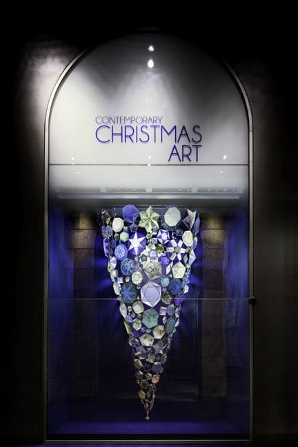 Sculptures by Kirsten Hassenfeld at La Rinascente, Milano - Blue Horn at Rinascente Department Store