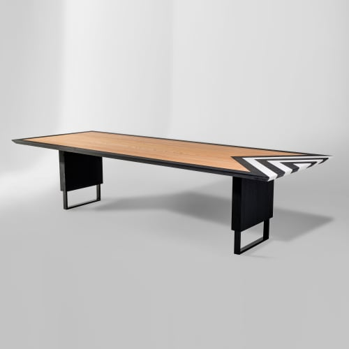 Tables by Larissa Batista seen at Private Residence, Gravatal - Loa dining table
