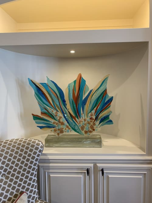 Sculptures by Cathy M Shepherd Glass seen at Private Residence, Southlake - Cora Live