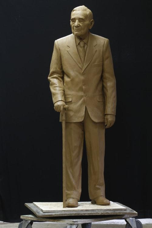 Sculptures by Cicero D'Ávila seen at Pietrasanta, Pietrasanta - Nishimura Japa