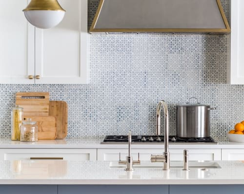 Tiles by Everett and Blue seen at Private Residence, Marietta - Aveiro Ceramic Tile