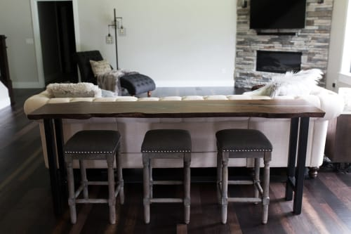 Tables by Stockton Heritage seen at Private Residence, Hastings - Sofa Table
