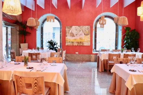 Macrame Wall Hanging by TRUDI VAN DER ELSEN seen at Restaurante La Fábrica de Harinas, Toledo - 'Toledo Strings'