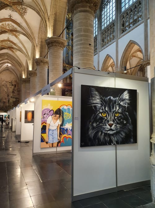 Paintings by Bianca Lever seen at Large Church Breda - Our Dear Mother Church, Breda - Oil painting of a cat, Thor
