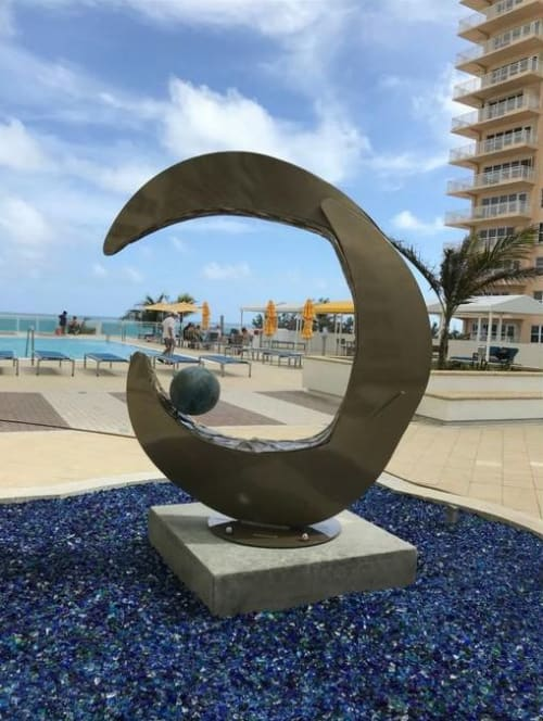 Public Sculptures by Corrina Sephora seen at Playa Del Mar Condominium Association, Fort Lauderdale - The Tides