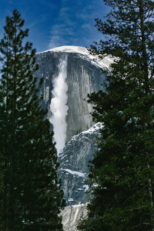 Photography by Daniel seen at Yosemite National Park - Half Dome - Ice fall