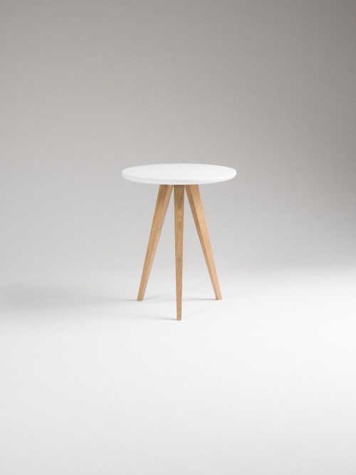 Round white nightstand, small accent table, side table | Tables by Mo Woodwork | Stalowa Wola in Stalowa Wola
