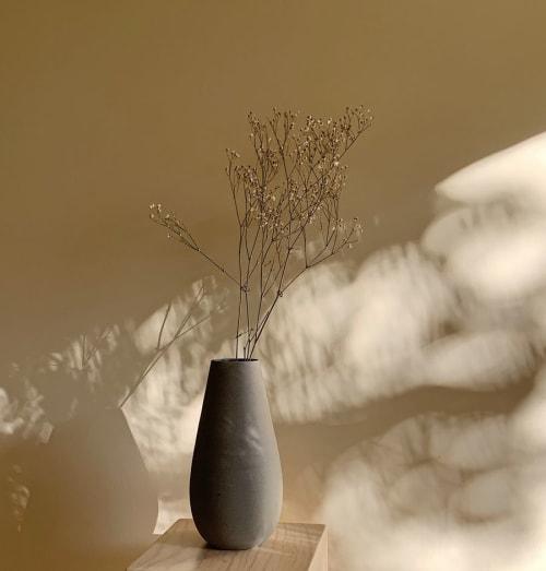 Vases & Vessels by ENCRUDO seen at Private Residence, Guadalajara - Gota