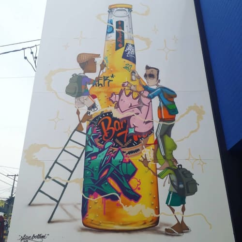 Street Murals by Stan Bellini seen at Private Residence, Campinas - Cerveja mural