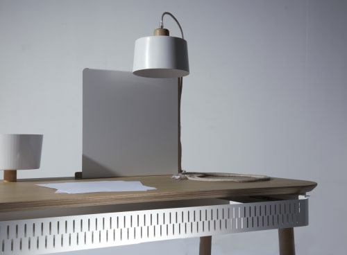 Furniture by DIZY seen at Villeneuve-d'Ascq, Villeneuve-d'Ascq - Complete desk by Adele